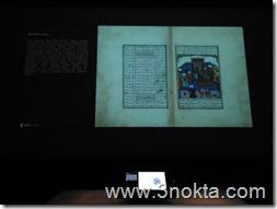 Ağa han müzesi sergisi_sabancı müzesi_ dokunmatik ekranda Firdevsi'nin Şehnamesi