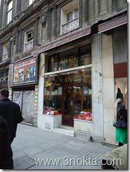 inci pastanesi istiklal caddesi emek pasajı beyoğlu taksim istanbul