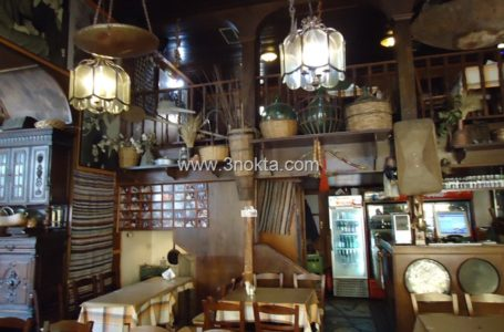 Ladokola Restaurant, Larissa Yunanistan