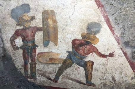 Pompei'de Gladyatör Freski